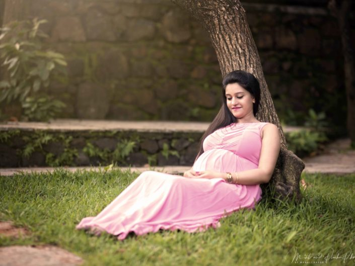Outdoor maternity photography mumbai